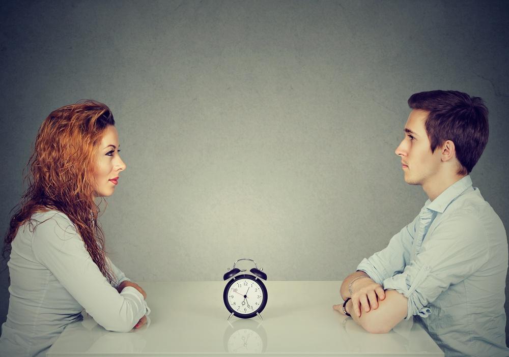 Podle něj, když se lidé potkají poprvé, nemusí být známkou jejich vzájemných.