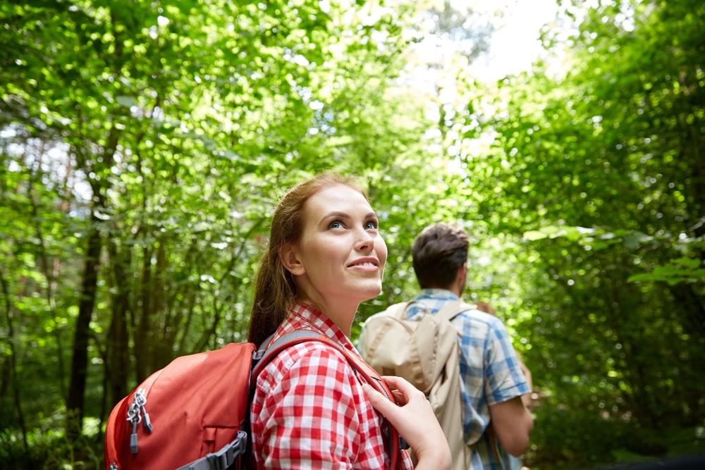 Randění s introvertem, když jste extrovertem