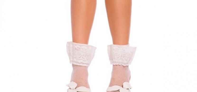 Že ponožky v sandálech nejsou in? Tak to jste na omylu!