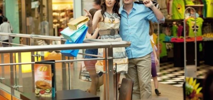 Chcete přežít nakupování s přítelem?