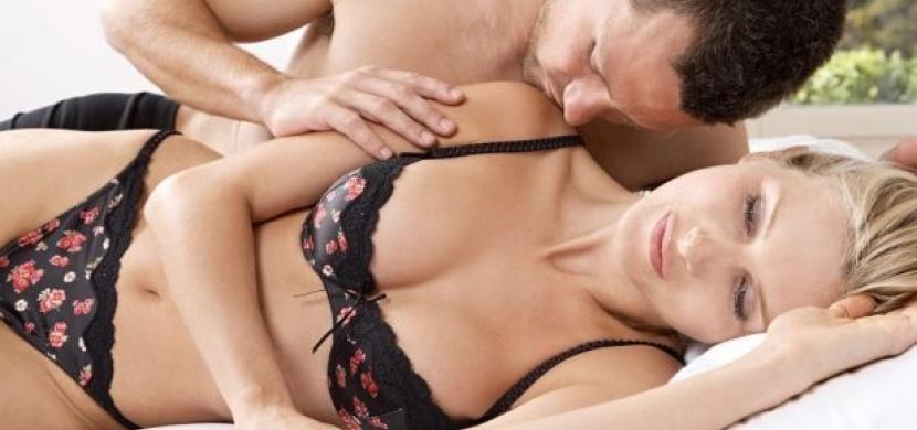 Sexuální polohy: když nejste spokojená se svým tělem