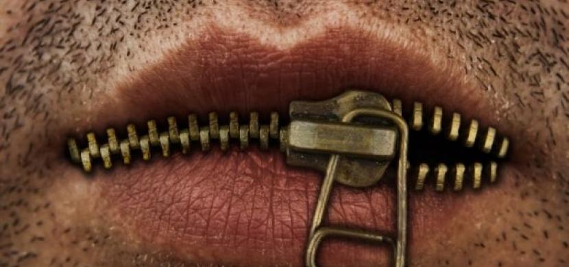 Nepříjemný zápach z úst: Jak se ho zbavit?
