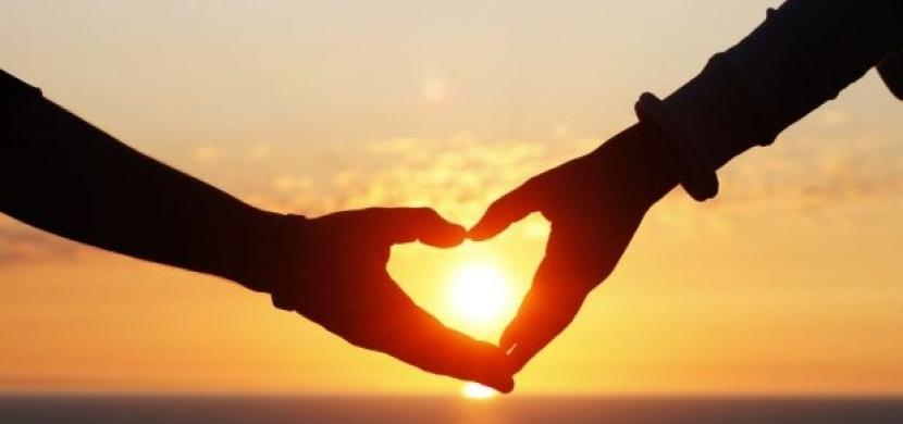 Čtenářka píše: Proč je důležité pochopit mužské signály lásky