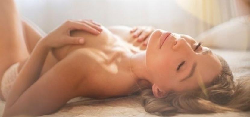 Jak dosáhnout orgasmu díky dráždění bradavek