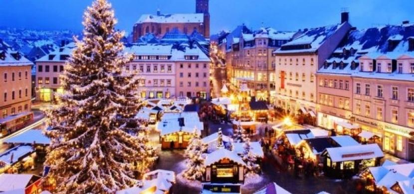 Nejkrásnější vánoční trhy Evropy: Kam na pečené kaštany nebo vánoční punč?