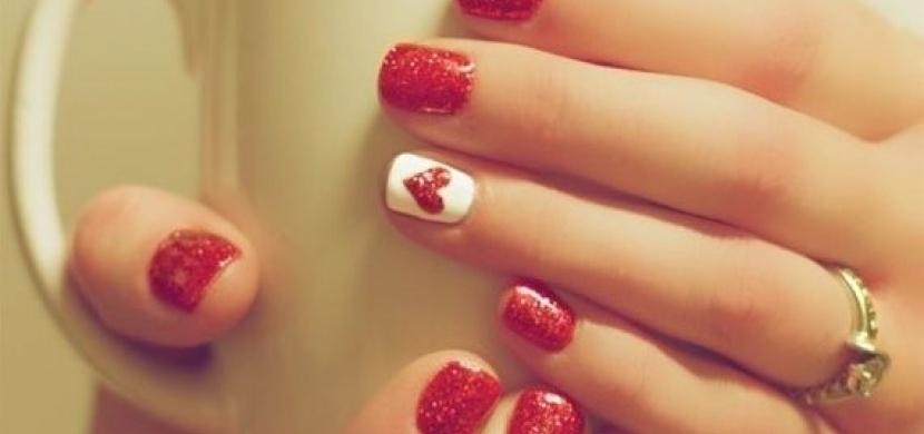 Tipy a triky na originální zdobení nehtů