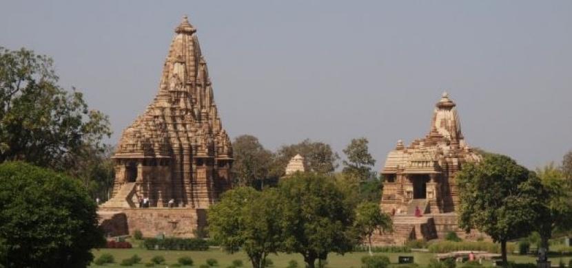 Indie: Tajemné Khadžuráho láká na erotické reliéfy