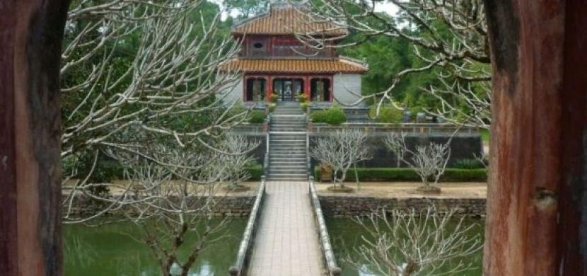 Vietnam: Za poznáním císařských mauzoleí