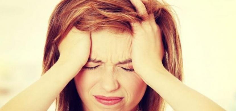 Naučte se správně rozeznat bolest hlavy a identifikovat další problémy