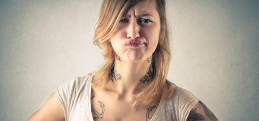 Zacvičte s vráskami! 5 skvělých cviků pro tvář bez vrásek