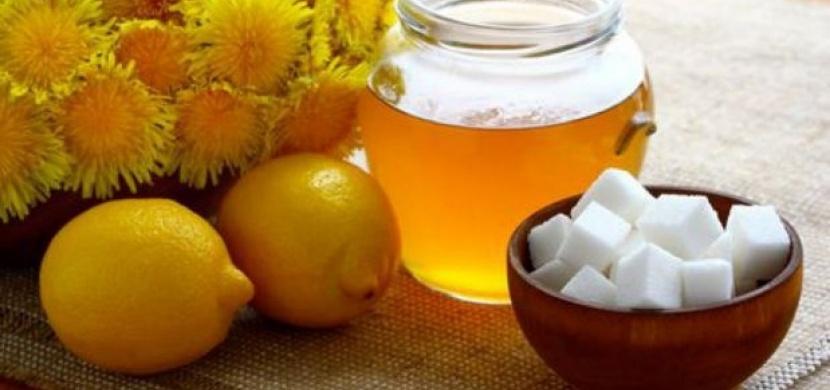 7 domácích receptů, které vám pomohou zbavit se černých teček