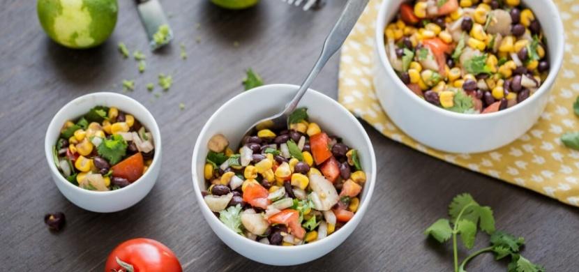 Rychlý a chutný salát z černých fazolí!