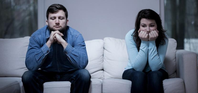 Pět věcí, které dělají nešťastné páry!