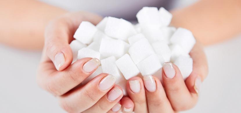 Skoncujte s cukrem! Proč nám škodí a jak ho nahradit?