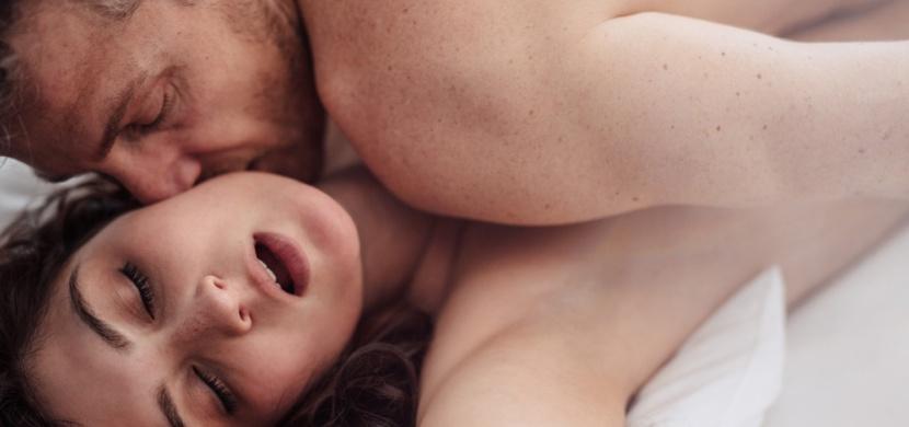 Ve kterých polohách jste při milování pro muže nejkrásnější? Je to těchto pět!