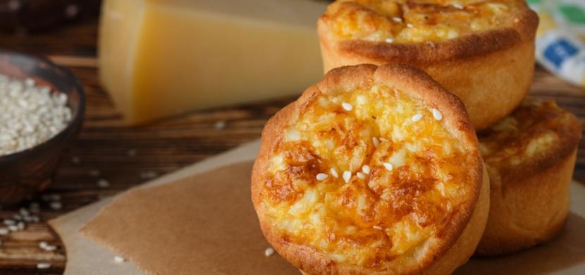 Nemáte doma skoro nic jiného než sýr a přišla návštěva? Nezoufejte a zkuste to co my!