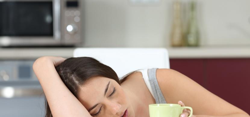 Jste často unavení a máte problémy se spánkem? Těmto chybám byste se měli vyvarovat!