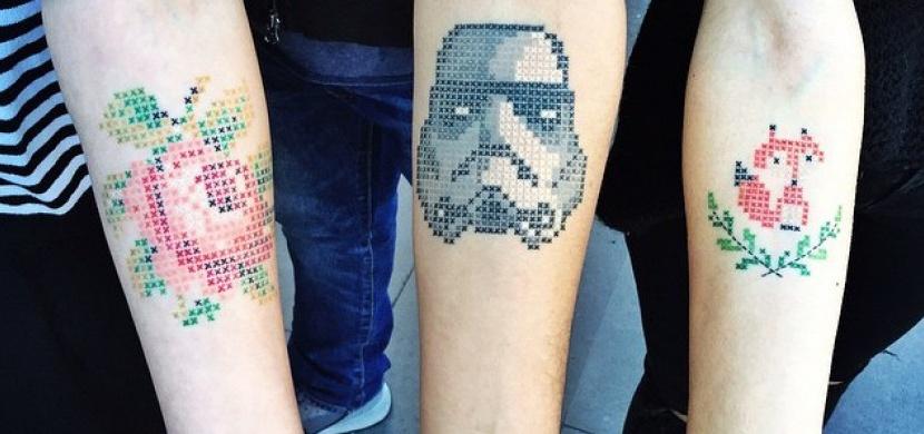 Vyšívané tetování? Opravdu existuje