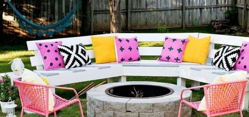 Vytvořte si krásné venkovní posezení pro dlouhé, letní večery