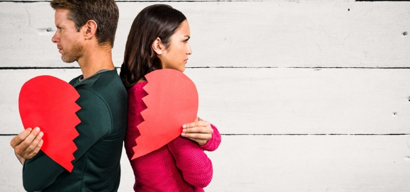 Rozcházíte se s partnerem? Těmito nepříjemnými projevy vaše tělo reaguje na rozchod