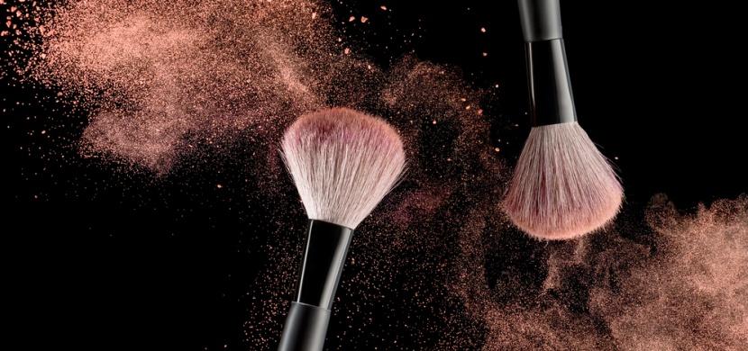 Dbejte na výběr kvalitní kosmetiky. Nekvalitní make-up může způsobit i rakovinu