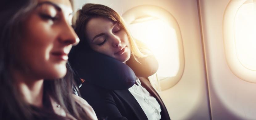 Pár pravidel, které vám zpříjemní cestu letadlem