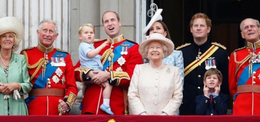 Deset zajímavostí o britské královské rodině, o kterých jste netušili