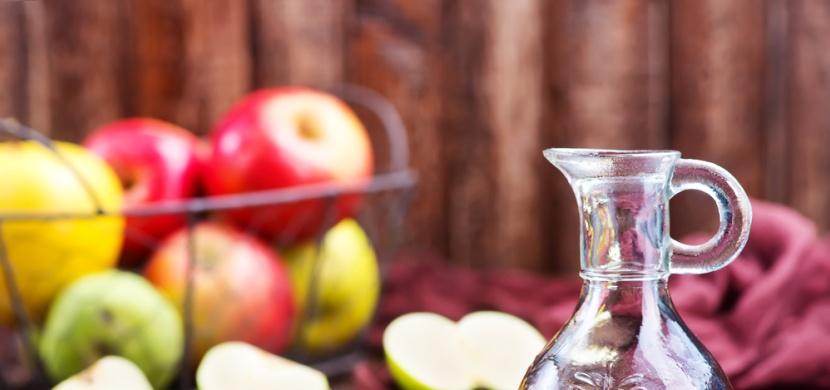 Jablečný ocet: Kosmetický zázrak nejen pro krásnější vlasy a zdravou pleť