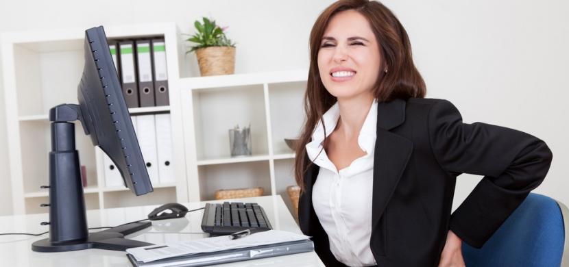 Vyzrajte nad sedavým zaměstnáním a bolestí zad díky těmto cvikům