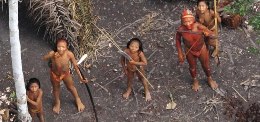 Tento domorodý kmen žije na ostrově už 60 000 let v naprosté izolaci