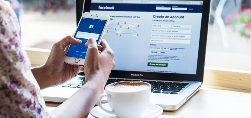 Uveřejňujete fotky svých dětí na sociálních sítích? Známe důvody, proč byste to neměla dělat!