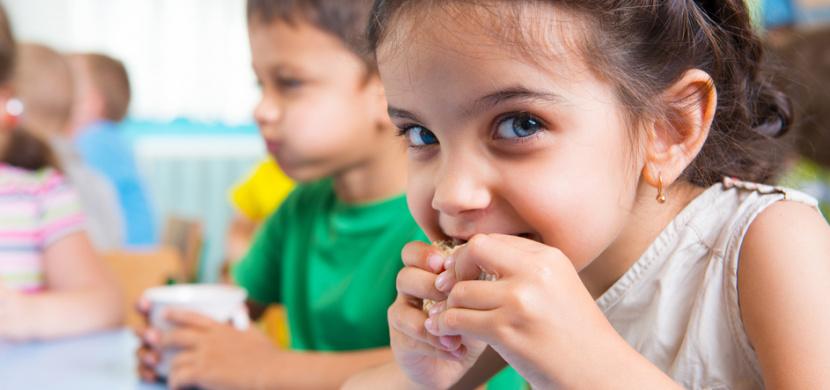 Zdravá svačinka pro vaše děti: Domácí mléčný řez bez mouky