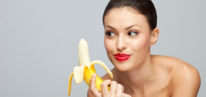 Banánová slupka nepatří do koše: Známe několik skvělých způsobů, jak ji použít!