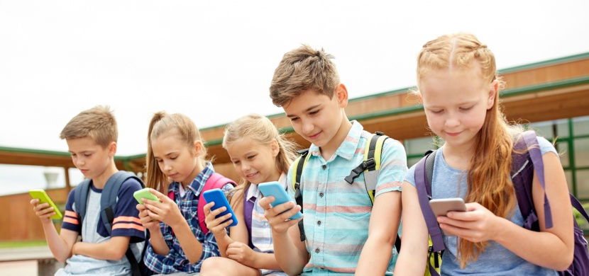 Novinka pro rodiče: Otec vymyslel aplikaci, která přinutí vaše děti, aby vám zavolaly zpět