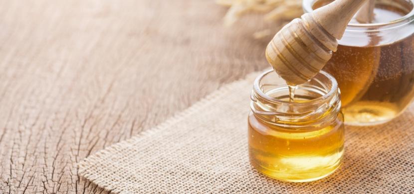 Lžička medu každé ráno: Co to s vámi udělá?