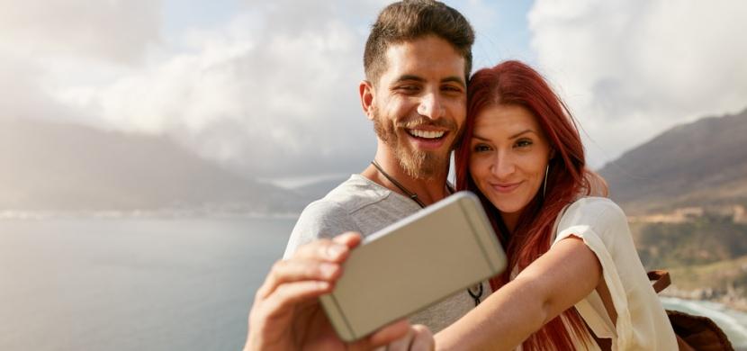 Proč se šťastné páry nevystavují na Facebooku? Má to hned několik důvodů