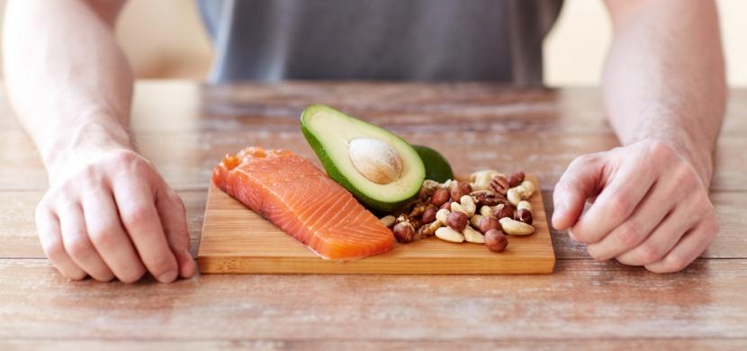 Paleo dieta se inspiruje stravou pravěkých lidí: Jaká jsou její pro a proti?