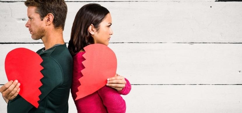 Jak poznáte, že je váš vztah u konce? Tyto signály říkají, že se s vámi chce partner rozejít
