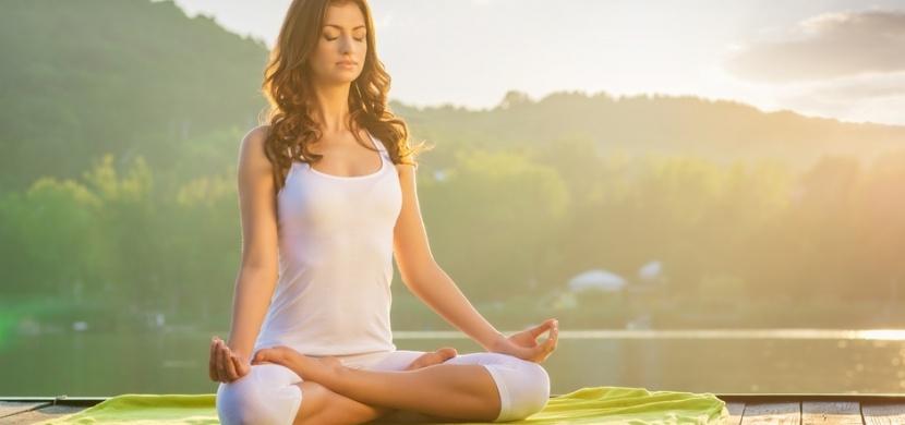 Jóga pro začátečníky: Vyzkoušejte tyto základní cviky na protažení celého těla