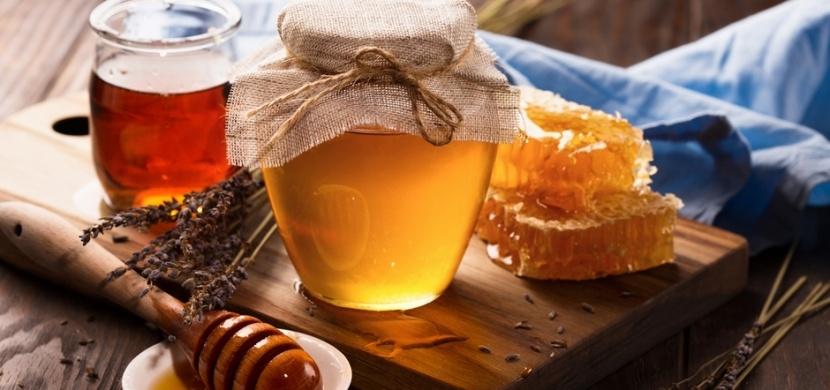 Pravý versus falešný med: Rozpoznáte je díky jednoduchým domácím testům