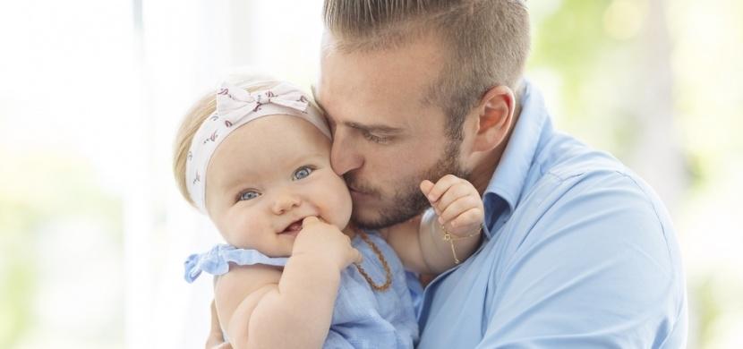 Starostlivý táta sepsal pravidla pro otce dcer: Buďte při ní a důvěřujte jí