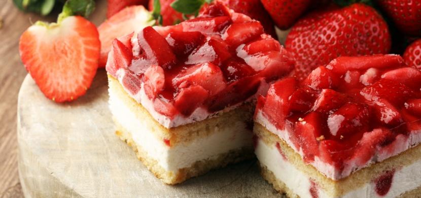 Křehký jahodový koláč