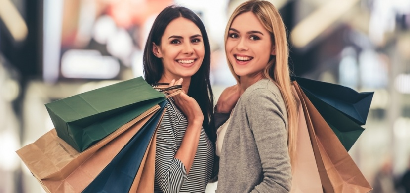 Poznejte triky obchodníků, které vás nutí nakupovat víc oblečení, než byste chtěla