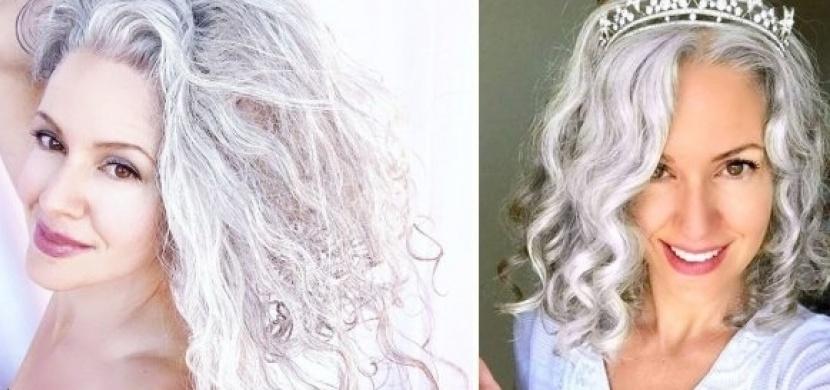 Za své šedivé vlasy se už nestydí: Tato žena, která zešedivěla ve svých 21 letech, se přestala barvit až po dětech