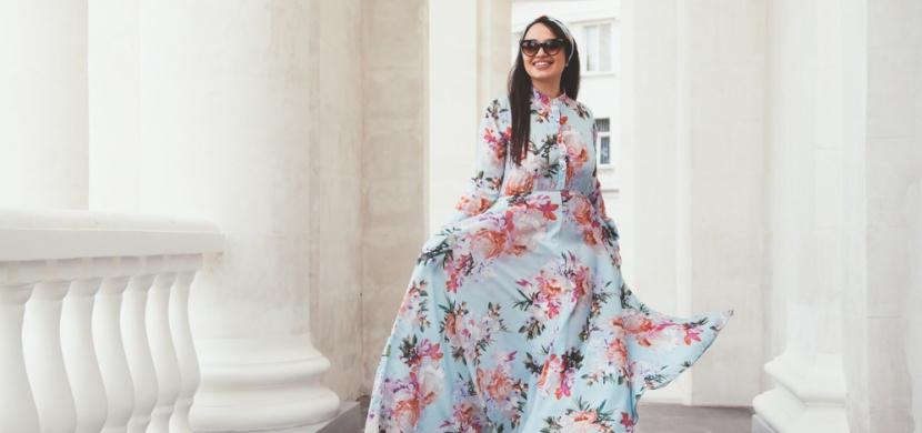 Maxi šaty jako stylový a pohodlný trend letošního léta: Které vám nesmí chybět?