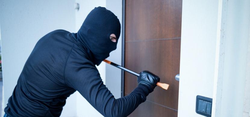 Co dělat, když je v domě zloděj?