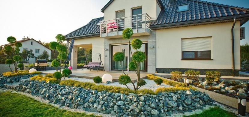 Okrasná zahrada kolem domu: Vybudujte si pod okny květinový ráj
