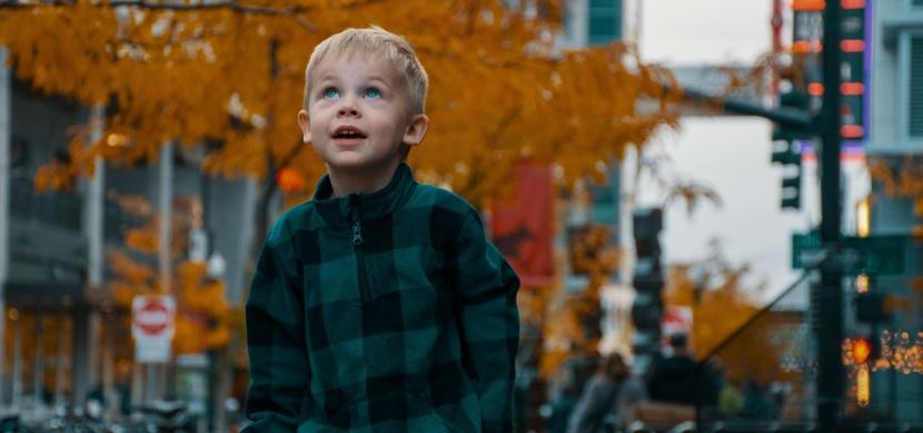 Bezpečné prostředí pro vaše dítě na cestě do školy a ze školy