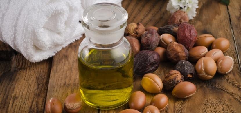 Arganový olej dodá krásu vaší pleti, vlasům i řasám