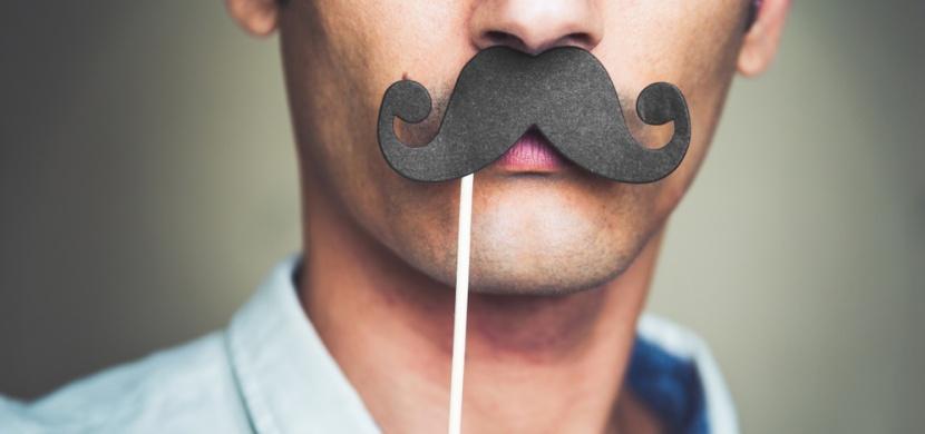 Movember neboli měsíc knírů pro dobrou věc je tu i v roce 2019: Kdo z vás se připojí?
